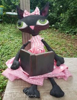 Bookworm Kitty