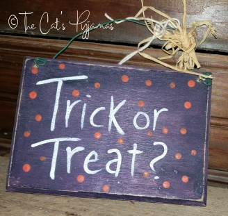 Purple Little Trick or Treat Sign