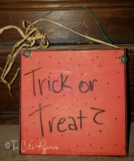 Little Trick or Treat Sign
