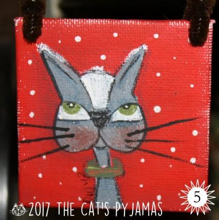Gray & white cat ornament